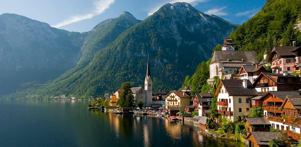 15 lagos mais lindos da Europa