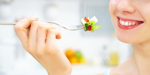 Pular refeições não emagrece