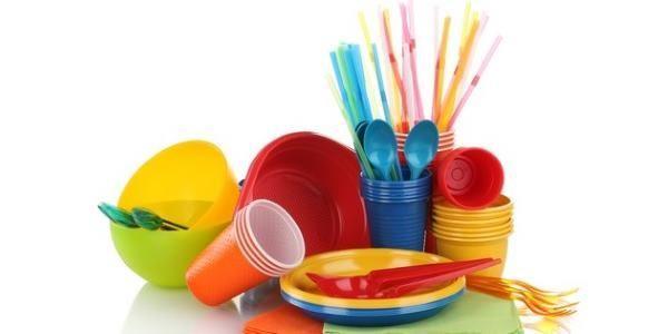 10 dicas para diminuir o lixo plástico no dia a dia